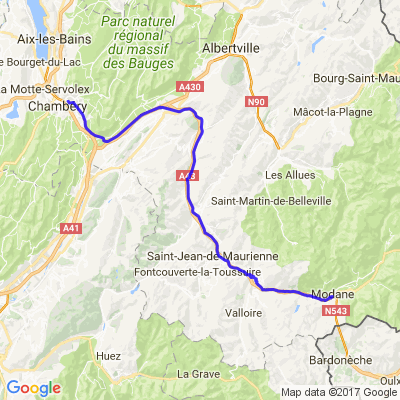Un petit tour en Maurienne - la maison penchée (Modane)