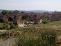 Pont Julien Bonnieux