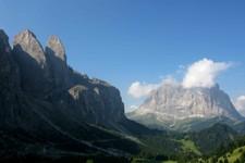 Après le Passo di Gardena (Dolomites, Italie)