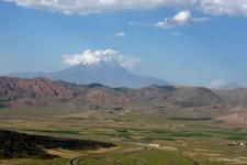 Le Mont Ararat, photo prise au sud de Dogubayazit (Turquie)