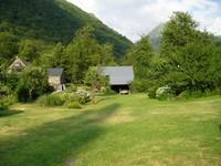 Le jardin du gîte Les Moulins d'Isaby