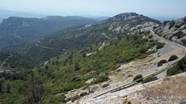 La montée... ou la descente, du mont Caume