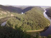 Une boucle de la Sarre au pont de vue du Cloef proche de Mettlach