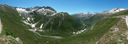 Somewhere west of FurkaPass