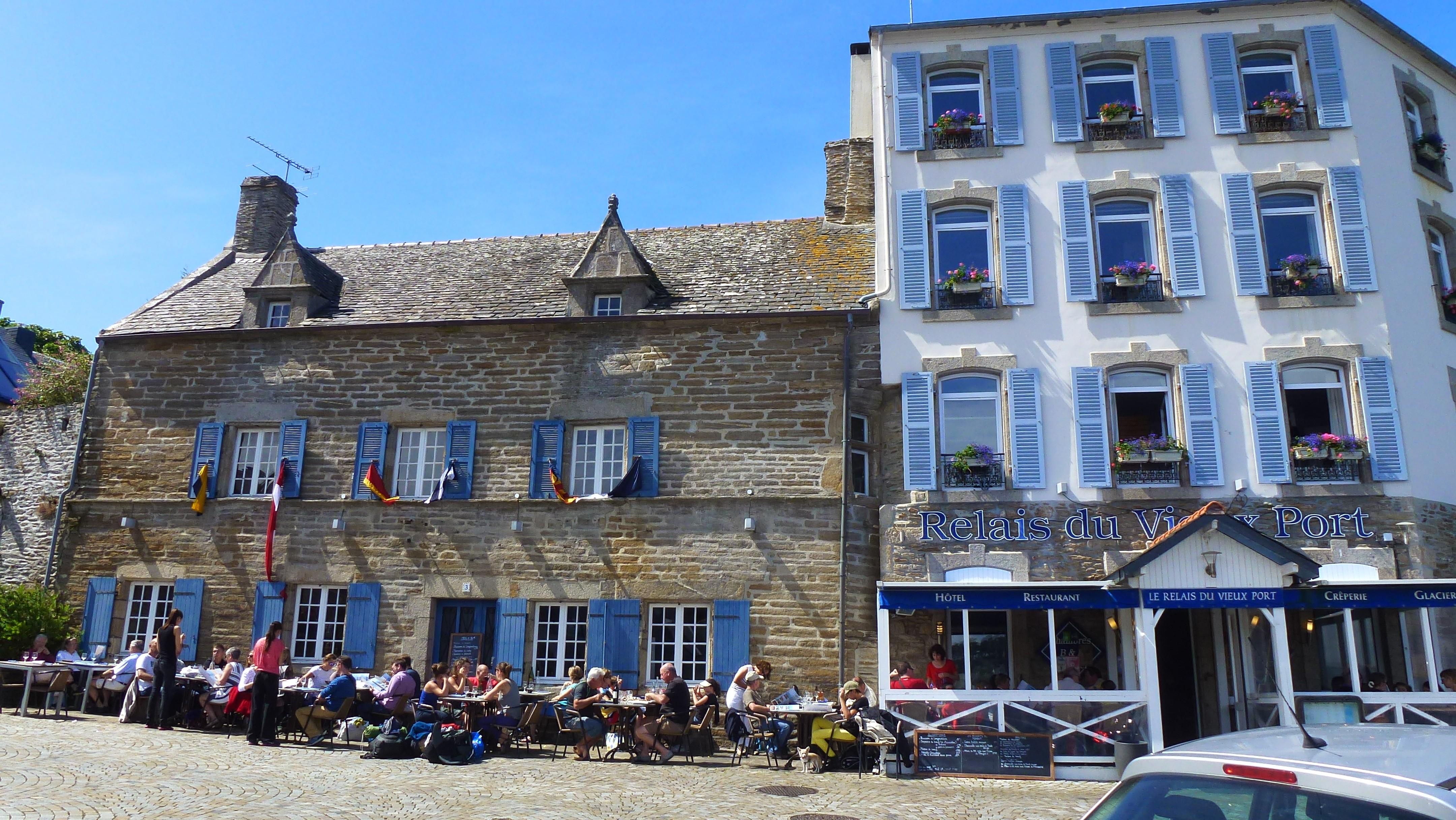 La cote des l gendes bretagne nord les balades moto - Hotel relais du vieux port le conquet ...