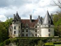 Château de Puyguilhem à Villars