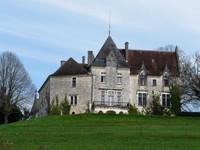 Château de Bellegarde à Lamonzie Montastruc