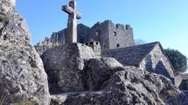 Croix Chateau de la Couvertoirade
