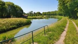 Canal Bourgogne-Champagne à Dommarien