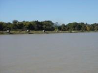rive de la gironde en arrivant a l'embarcadère de Lamarque