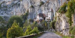 Maisons troglodytes à Cabrerets