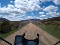 Une des rares routes sans virolo de la Sierra