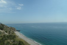 Profitez des paysages qu'offre la côte avant de vous engager dans les terres andalouses
