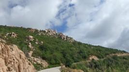 L'Alta Rocca, dans les environs d'Aullène, qui se remet peu à peu de l'incendie il y a plus de 10 ans