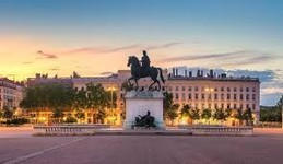 Lyon : Place Bellecour